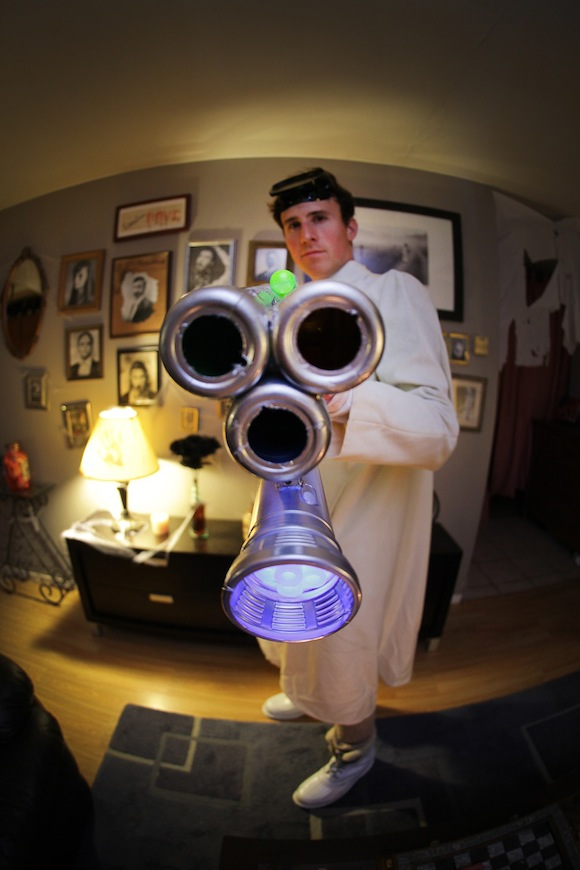 Dr Horrible Costume & DIY Death Ray (mad scientist costume diy)