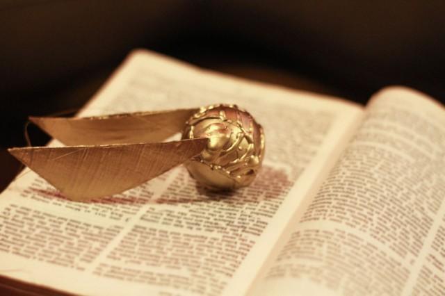 Golden Snitch Ornament DIY - Harry Potter Craft