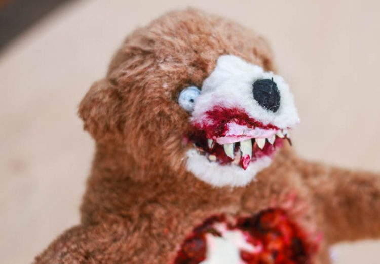 Zombie Teddy DIY