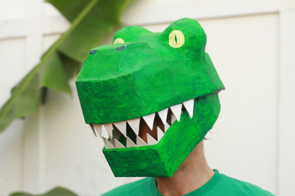 Papier Mache Dinosaur Mask DIY