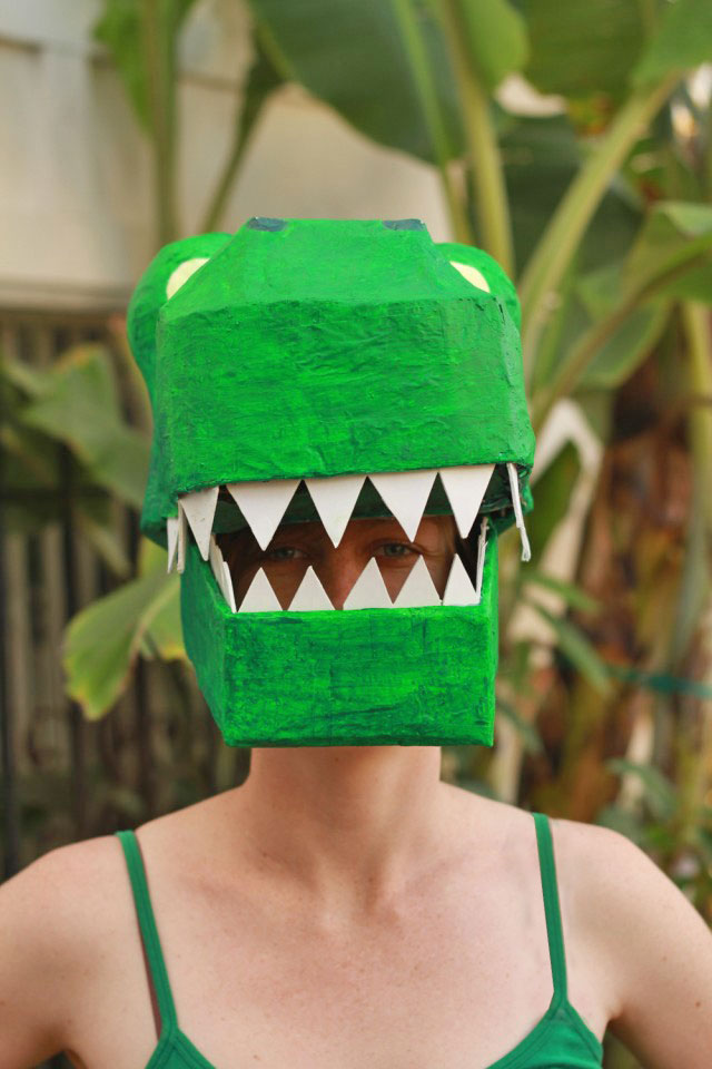 Paper Mache Dinosaur Mask DIY: T-rex costume DIY