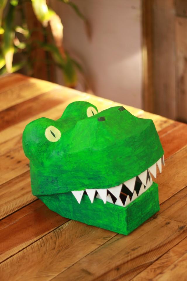 Papier Mache Dinosaur Mask : DIY dinosaur costume