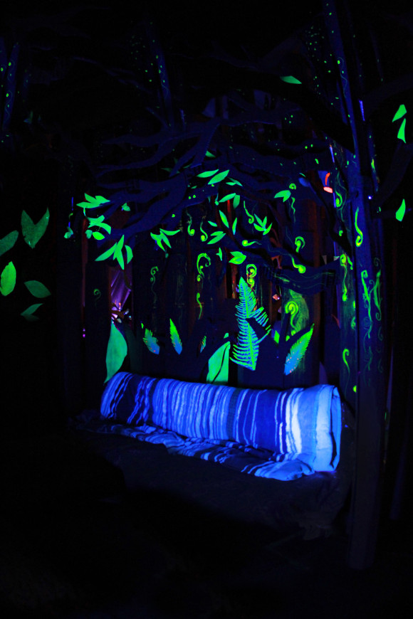 How to build a fort inside: a neon craft