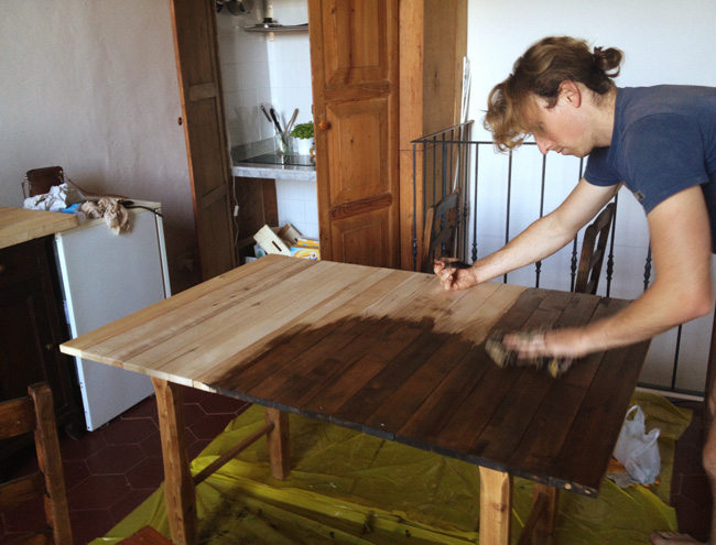 Upcycled table DIY - Upcycled Dining Table How To: Upcycled Projects