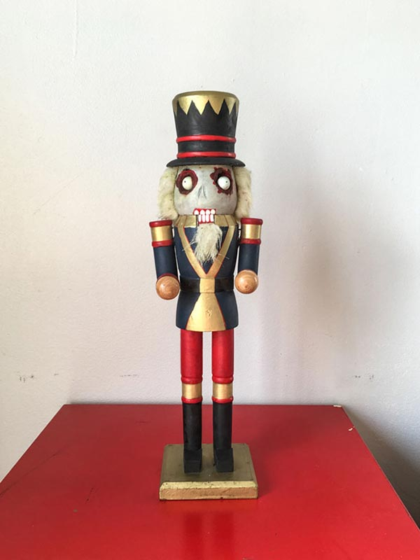 Zombie Nutcracker Tutorial (Craft DIY)
